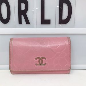 Chanel Pink CC camellia Leather 6 key holder case